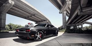 2009 Dodge Challenger SRT8 от CULT Energy Drink