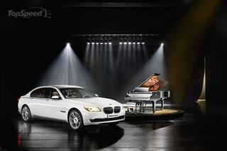 2010 BMW Individual 7 Series Composition